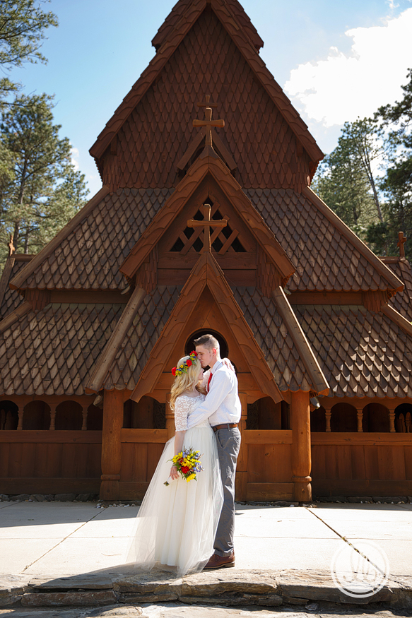 studio lb elopement chapel in the hills rapid city 05