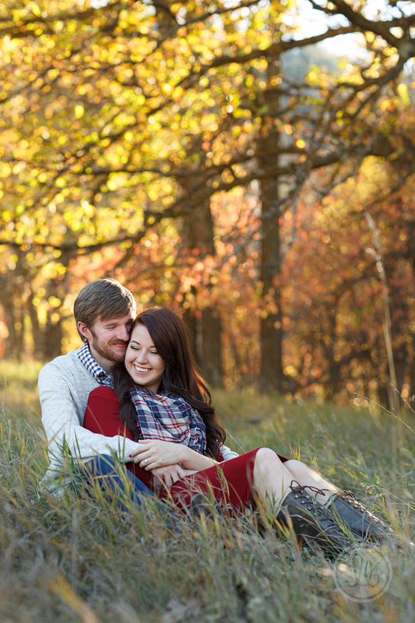 studio-lb-custer-fall-engagement-photographer-06