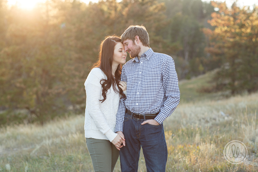 studio-lb-custer-fall-engagement-photographer-12